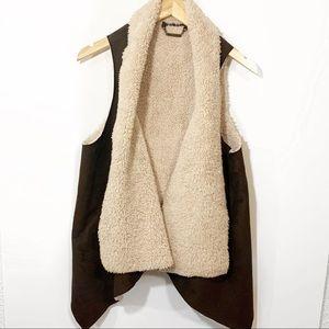 3/$33 Jou Jou • Shearling Sherpa vest